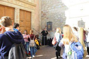 181025103914_Assisi
